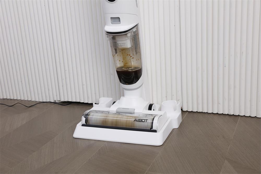 AIBOT 洗地机为何能获得市场认可?只因其正确切中用户痛点